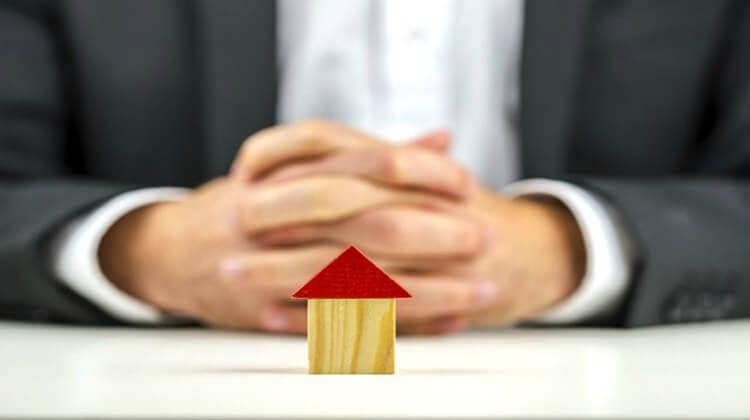 SECRETS NO REAL ESTATE BROKER WILL TELL YOU (1)